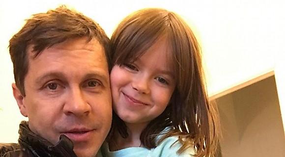 «Милота»: Павел Деревянко с дочкой