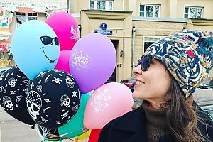 Позитивное фото Елены Лядовой