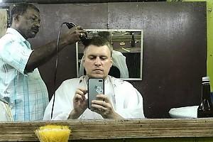Незлобин решил подстричься в экстремальных условиях