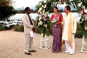Дмитрий Дибров сыграл свадьбу на Маврикии. Видео!
