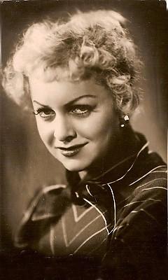 Людмила Целиковская