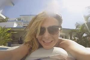 ВИДЕО: Екатерина Варнава с женихом резвятся в бассейне