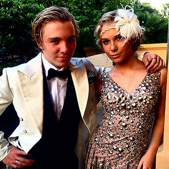 Сын Мадонны Рокко с подругой