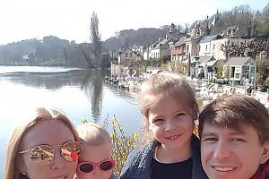 Образцовая семья: Алексей Ягудин и его «цветник»
