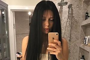 Наталья Рудова экспериментирует с цветом волос