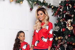 Ксения Бородина и ее дочка Маруся поставили новогоднюю елку
