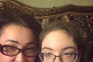 Лолита отметила начало каникул с дочкой