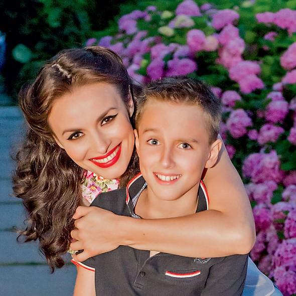 Надежда Грановская с сыном Игорем
