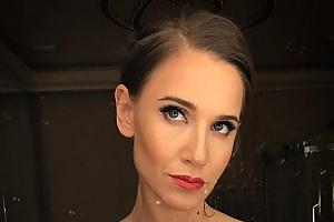 Иногда бывает и такой: серьезная Юлия Ковальчук
